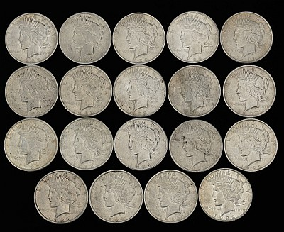 Nineteen Peace Silver Dollars, 1922