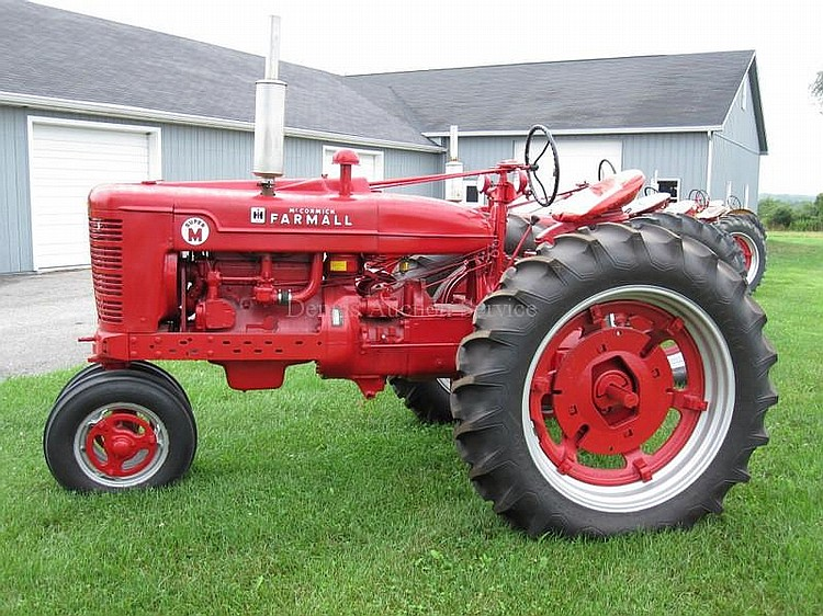 FARMALL MCCORMICK Model SUPER M 5 Speed Trans, Louisville Edition, Amp Meter, Oil Meter, Water Gauge, # I-505973J , New Tires in working condition