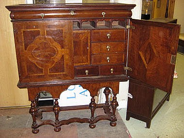 CABINET ON STAND, William and Mary walnut with