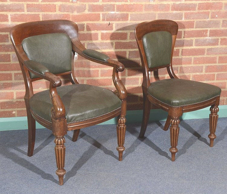 A SET OF TEN VICTORIAN, SCOTTISH, MAHOGANY DINING