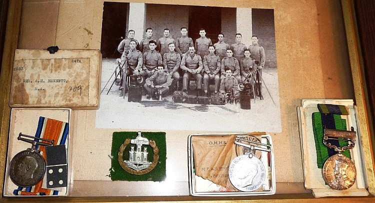 Medals : A British War Medal and an India General