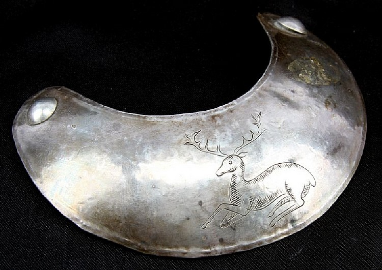 NATIVE AMERICAN TRADE SILVER GORGET DEER