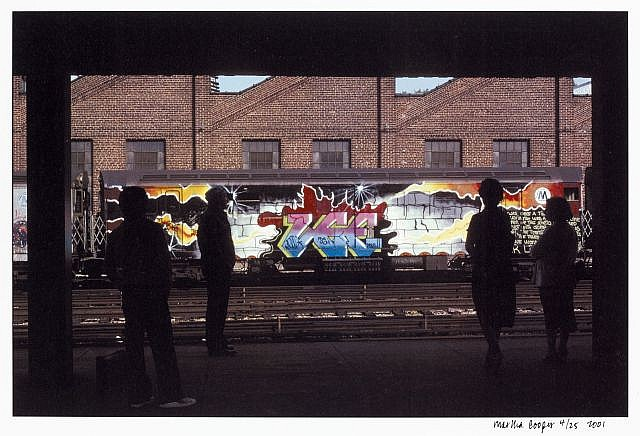 Martha COOPER (ne en 1943) LEE AT 180TH STREET, THE BRONX, 2001 Impression photographique en couleur sur papier