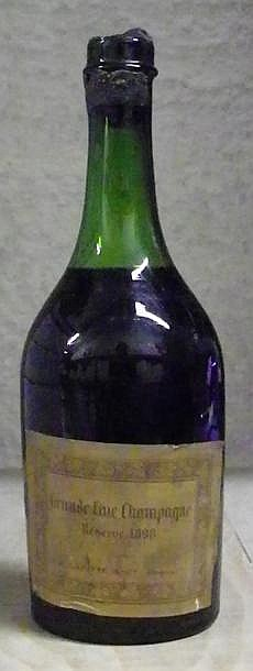1 BOUTEILLE GRAND FINE CHAMPAGNE LAFITTE & Co  Niveau 6,5 Cm. cire abîmée, mise années 20. Level 6,5 cm. Wax capsule damaged, stamped, bottling from the 20's  1898