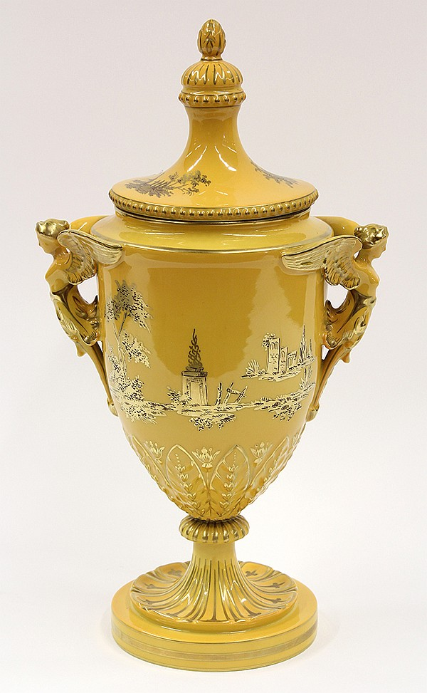 Dresden covered urn