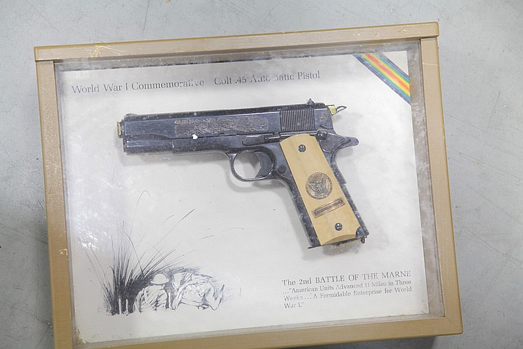 ***COLT COMMEMORATIVE PISTOL.