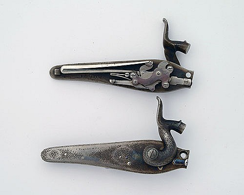 J. PURDEY & SONS A FINE PAIR OF BACK-ACTION HAMMER LOCKS, serial no. 10906,