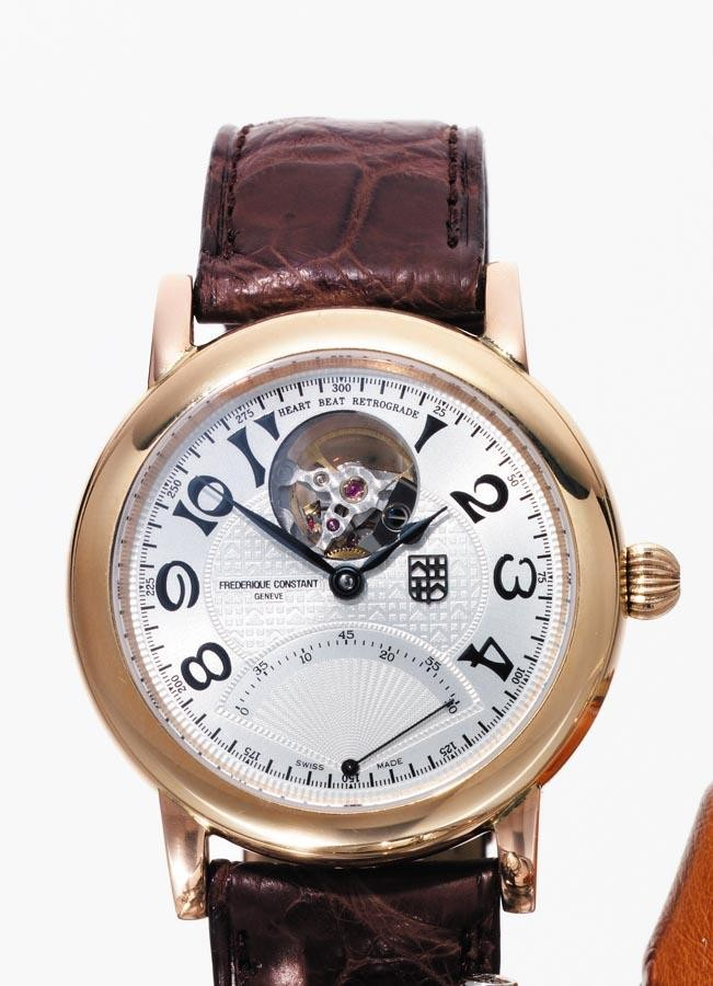 c - FRÉDÉRIQUE CONSTANT, 'HEART BEAT RETROGRADE', CIRCA 2004, NO.33 OF A LIMITED EDITION OF 250 PIECES; A PINK GOLD AUTOMATIC WRISTWATCH WITH CENTRE