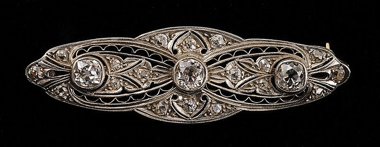 14K GOLD, PLATINUM AND DIAMOND BROOCH