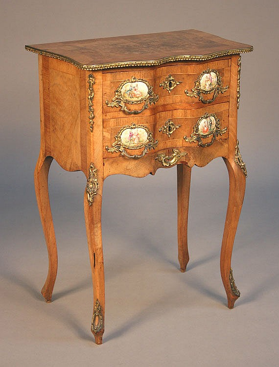 A late 19th/early 20th Century Louis XV style